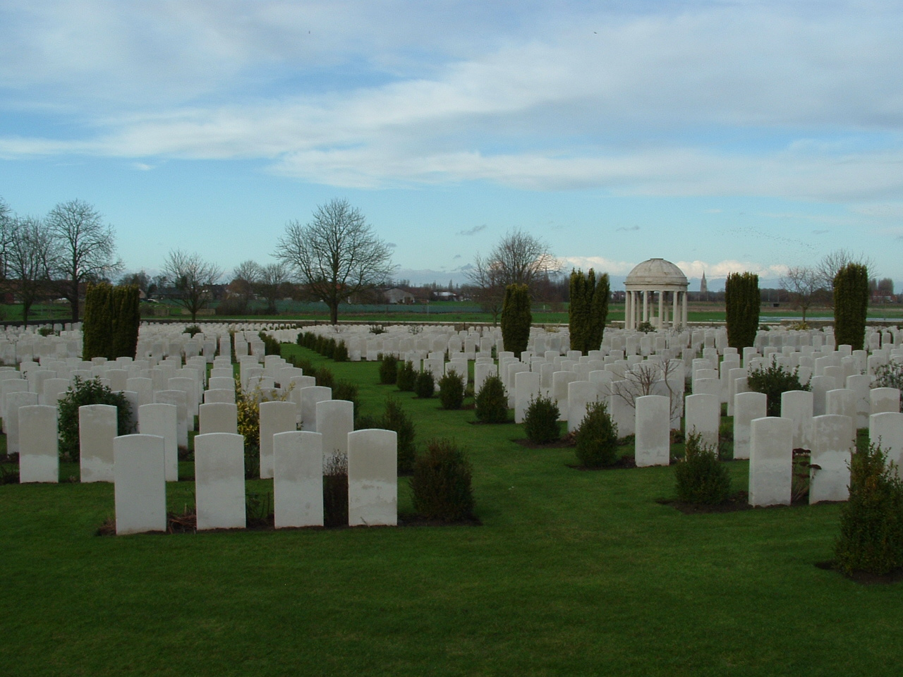 A Tour of Zillebeke Part One – Bedford House Cemetery | With the ...