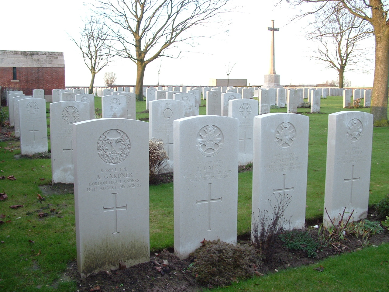 A Tour of Zillebeke Part Eight – Chester Farm Military Cemetery ...