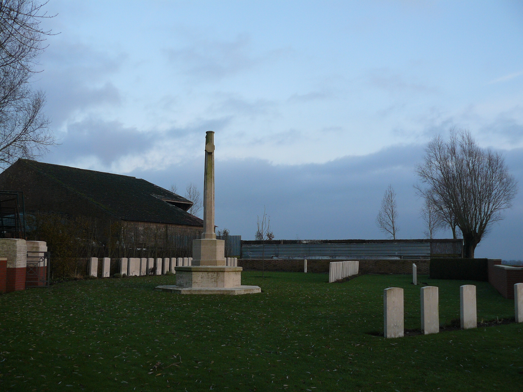 A Tour of the Messines Ridge Part Four – Lone Tree Cemetery & the ...