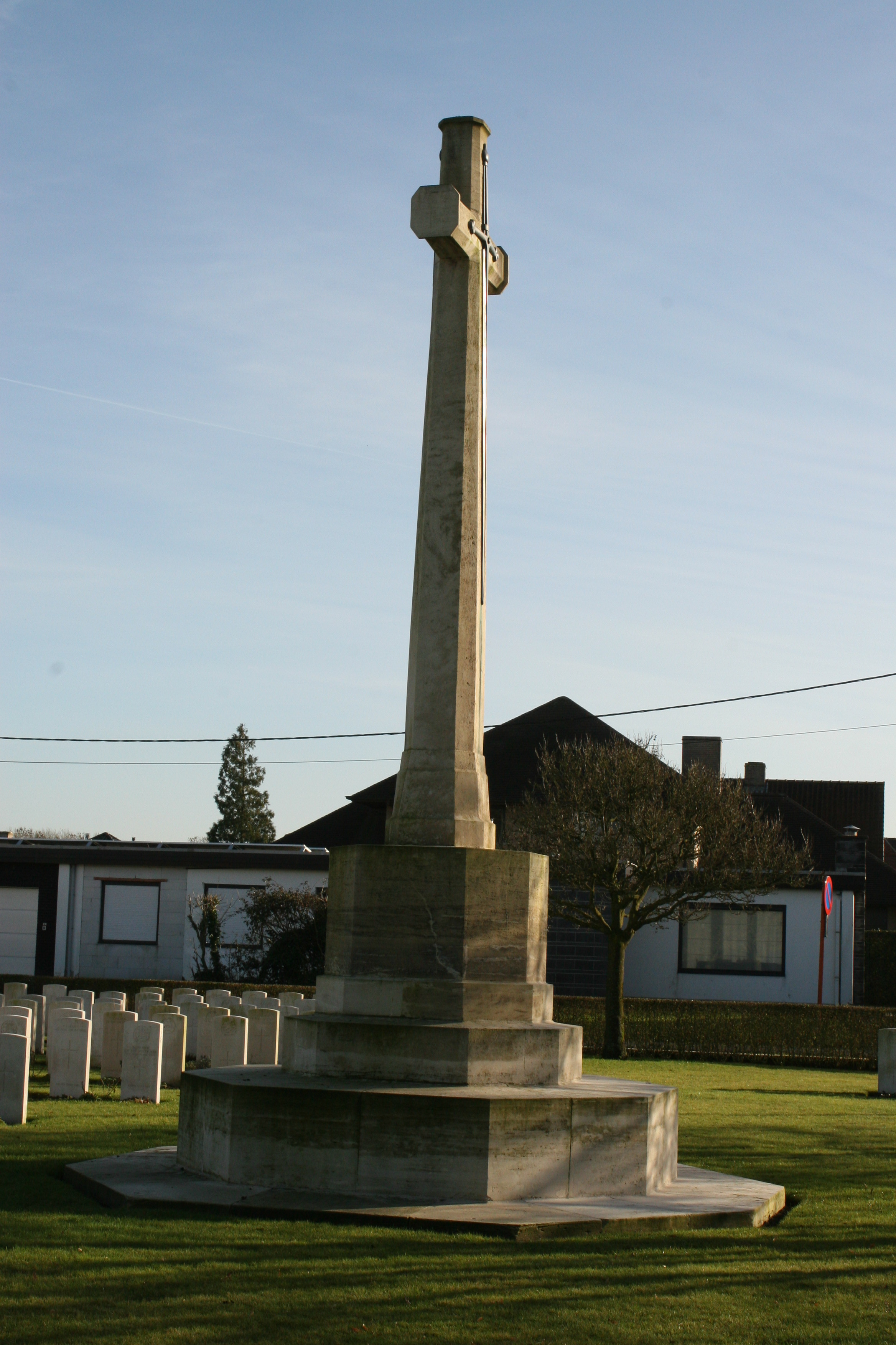 A Tour of Boesinghe Prelude – Duhallow A.D.S. Cemetery | With the ...